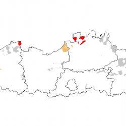 Vogelrichtlijngebieden voor Regenwulp. Rood, belangrijke trekgebieden. Oranje, trekgebied met kleinere aantallen.